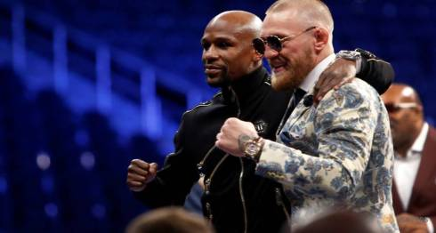 undefeated-boxer-floyd-mayweather-jr---l--of-the-u-s--and-ufc-lightweight-champion-conor-mcgregor-of-ireland-pose-during-post-fight-news-conference-at-t-mobile-arena-in-las-vegas-1